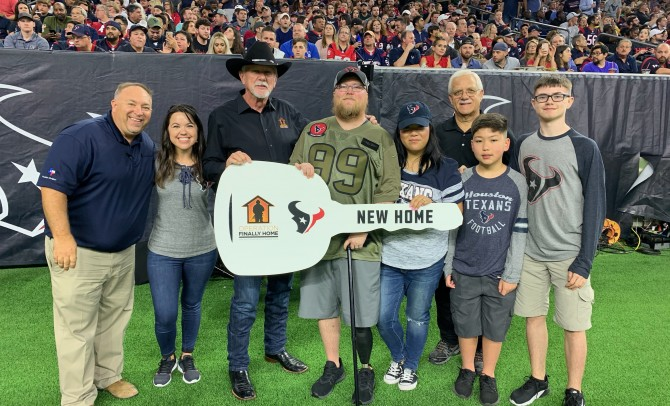 U.S. Army SFC Justin Reuber and Family Surprised with Mortgage-Free Home